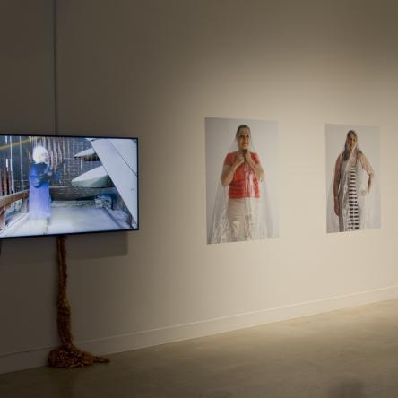 install image of 'Grasping fragments, or otherwise calculating distance' exhibition at Visual Arts Center, UT Austin