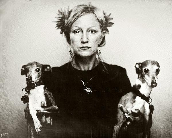 image of artist Alyssa Taylor Wendt with two dogs